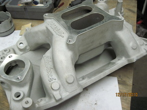 Tod's Edelbrock air gap intake on arrival