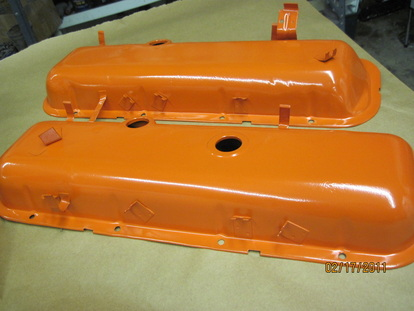 Big block Chevy valve covers in Chevy Orange