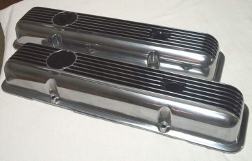Custom polished Corvette L82 valve covers in Ink Black