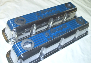 Mopar Magnum valve covers in Crystal Blue