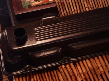 Mike's Slant 6 valve cover at home ... Wetstone Black (wrinkle) ... customer photo