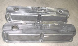 'Before' photo of Mopar Mickey Thompson valve covers