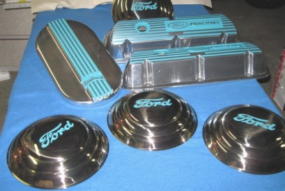 Custom baby moon hubcaps,  Ford Racing valve covers and Edelbrock air cleaner lid in Indian Turquoise