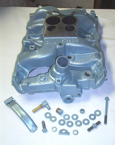Pontiac manifold, pcv bracket and hardware in Poncho Blue
