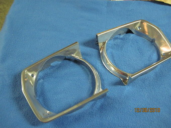 Plymouth Duster headlight bezels in Super Chrome